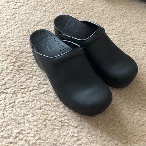 Sonja Black Dansko clogs, never worn